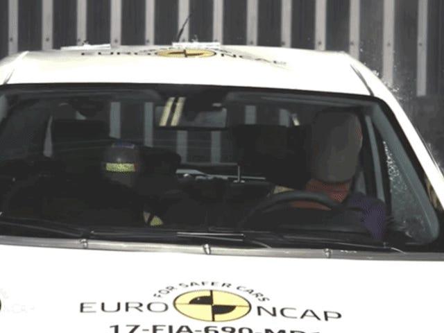 欧洲NCAP choca a 50 km / h欧洲NCAP choca a测试德国西班牙巴塞罗那