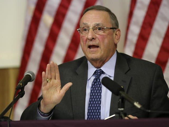 Maine Gov. Paul LePage Sammenligner Fjernelse af Confederate Statues til at miste 9/11 Memorial