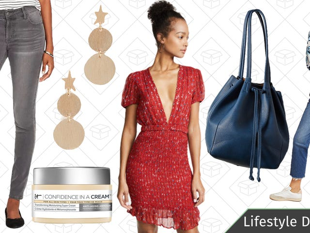 Thursday's Best Lifestyle Deals: IT Cosmetics, Shopbop, Uniqlo, Old Navy, and More