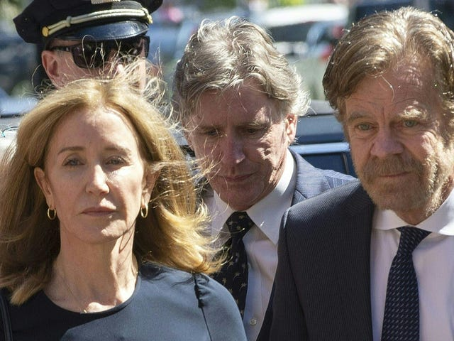 Felicity Huffman's Daughter Accepted to Carnegie Mellon Without Mom's Felonious Meddling