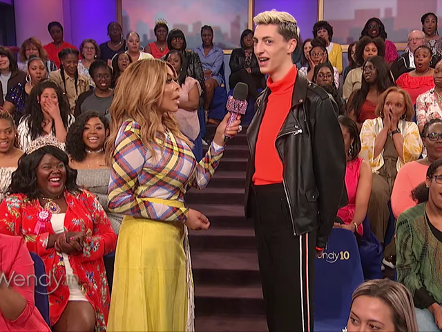 Wendy Williams Narrowly Avoids the Wrath of the Barbz