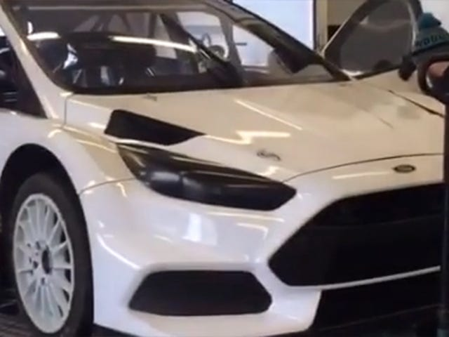 Ken Block's 600 Horsepower Ford Focus RS Rallycross Car Is Silly And Loud