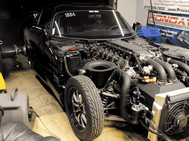 Watch The Delicate Tranquility Of A 2,872 Horsepower Dodge Viper Dyno Pull