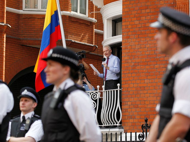 Ecuador Tried toGet Julian Assange Out of Their Embassy By Making Him a Diplomat to Russia
