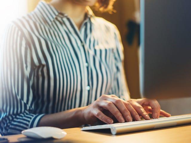 क्या वीपीएन मेरे नियोक्ता से इंटरनेट पर क्या छिपा सकता है?