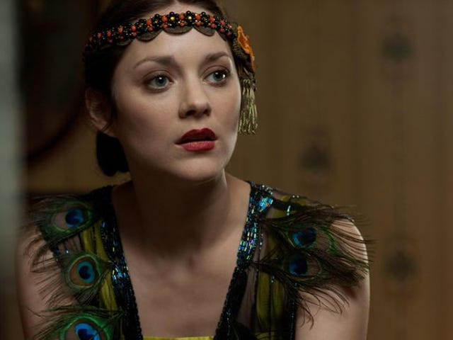 """Marion Cotillard wants to fight for women's rights, not """"feminism"""""""