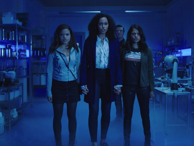 The CW loves powerful women, as in women who have crazy powers