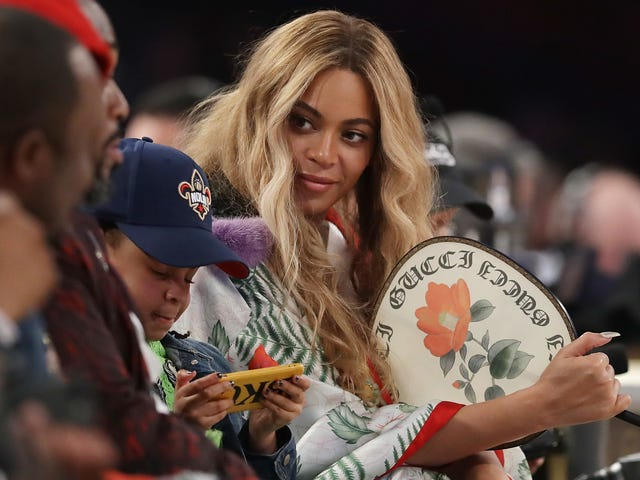 """<a href=""""https://trackrecord.net/can-beyonce-salvage-ed-sheerans-perfect-1820877554"""" data-id="""""""" onClick=""""window.ga('send', 'event', 'Permalink page click', 'Permalink page click - post header', 'standard');"""">Can Beyoncé Salvage Ed Sheeran&#39;s &quot;Perfect&quot;?</a>"""