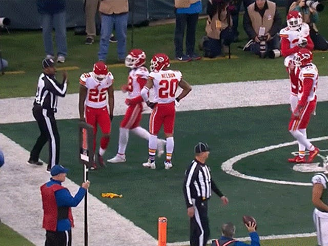 Chiefs Suspend Marcus Peters One Game For Throwing Flag Into Stands, Leaving Field