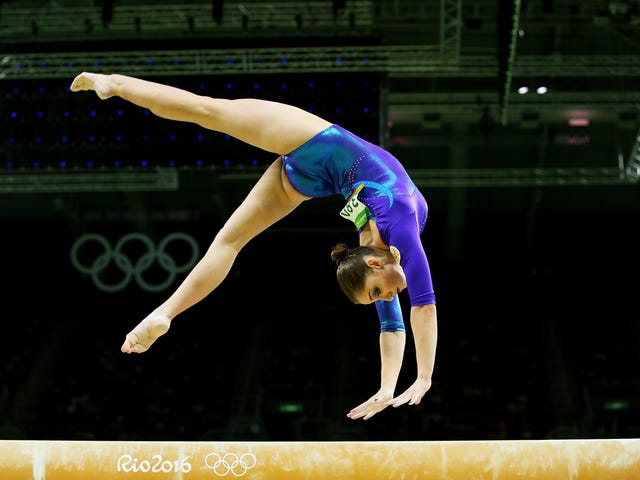 Olympic Champion Aliya Mustafina Returns To Competition 10 Months After Giving Birth