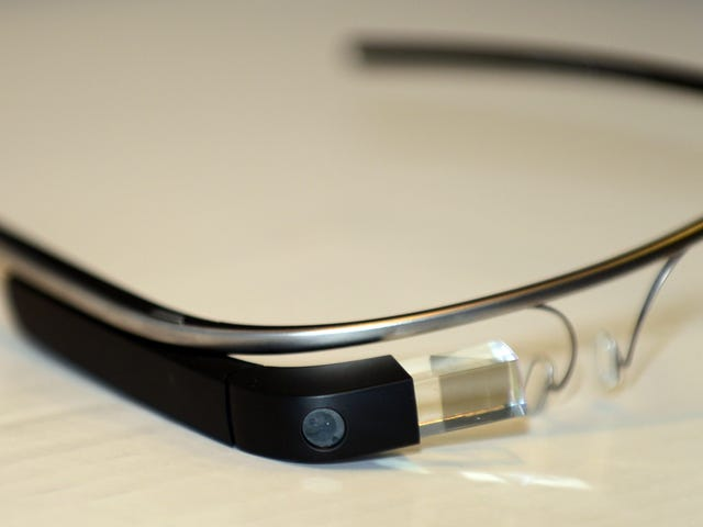 Google's Finally Ditching Support for Its Explorer Edition of Glass