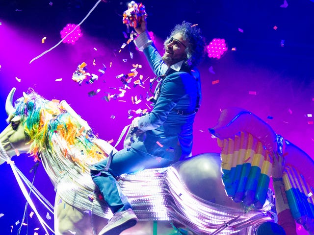 Last call: Let's take a moment to appreciate The Flaming Lips