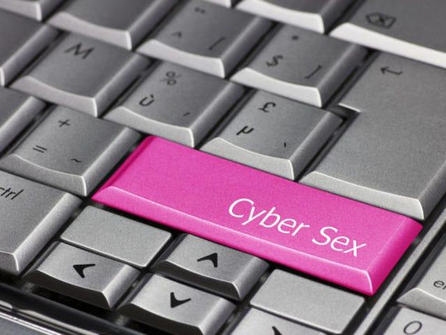 Bạn có quan hệ tình dục qua Skype?
