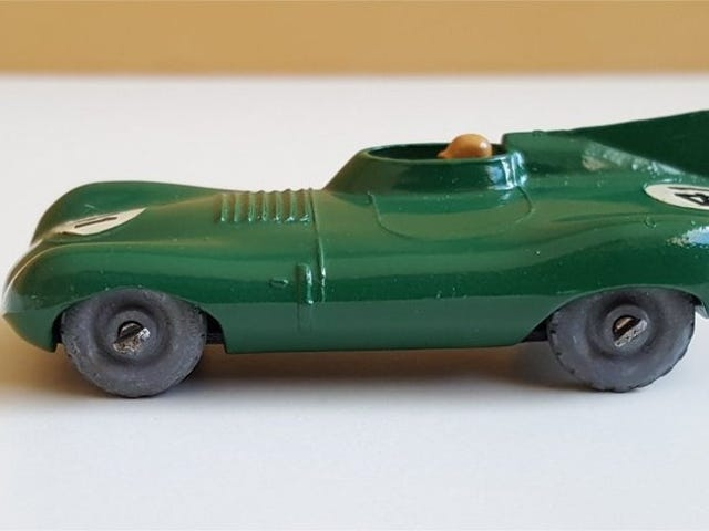 [RECENZJA] Lesney Matchbox D Type Jaguar