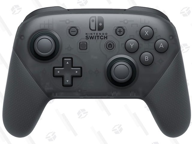 Snag a Switch Pro Controller For $60, While It Lasts