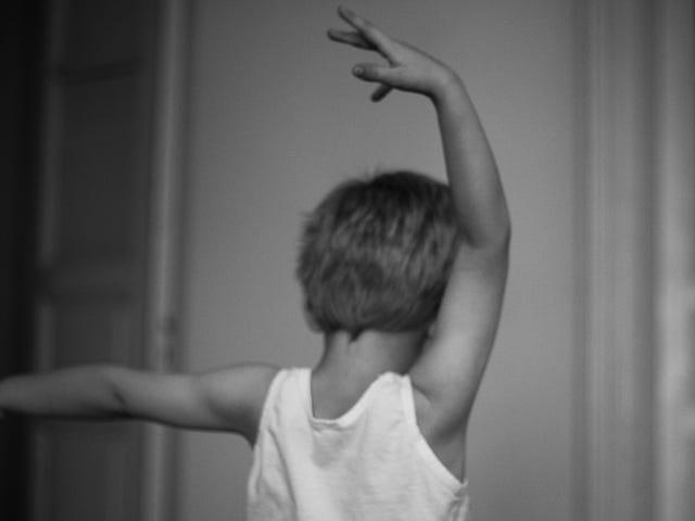 Hvordan støtte gutter som vil danse