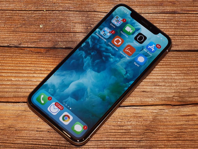 Some iPhone Users Are Saying Colors Look 'Off' After Upgrading to iOS 12