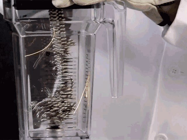 Magnetic Buckyballs In a Blender Create One Terrifying Light Show