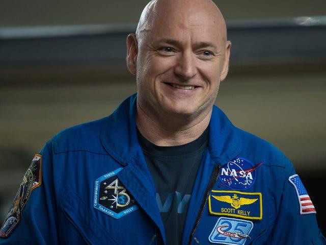 Scott Kelly a gagné deux pouces pendant son année dans l'espace
