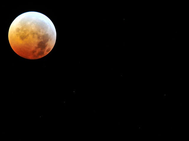 Here's a Live Feed of the Century's Longest Lunar Eclipse