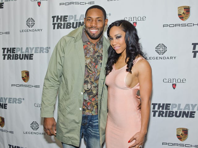Antonio Cromartie's Wife Believes Team Let Him Go Because of Protest