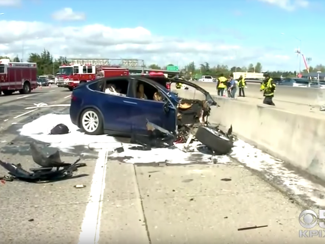 The Feds Are 'Unhappy' That Tesla Released Info On Fatal Model X Crash
