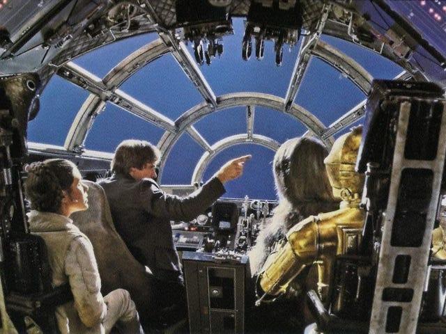 Rất nhiều công tắc đã được lật trong Thiên niên kỷ Falcon xuyên suốt các bộ phim <i>Star Wars</i>