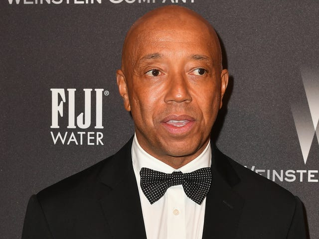 """<a href=https://trackrecord.net/russell-simmons-allegedly-fled-the-country-following-ra-1823230996&xid=17259,15700021,15700186,15700190,15700256,15700259 data-id="""""""" onclick=""""window.ga('send', 'event', 'Permalink page click', 'Permalink page click - post header', 'standard');"""">러셀 시몬스는 강간 주장에 따라 국가를 속속들이 속속들이 죽였다.</a>"""