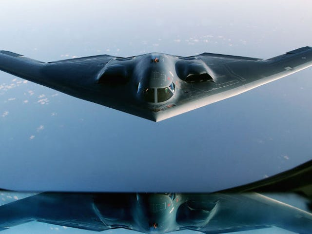 Не повідомляйте про гігантіку huella de carbono que dejan dejan los militares estadounidenses en el planeta
