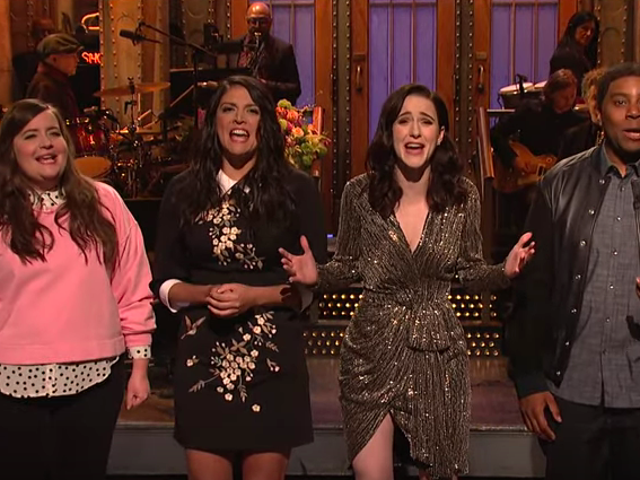 Rachel Brosnahan makes the most of a not-quite-marvelous Saturday Night Live