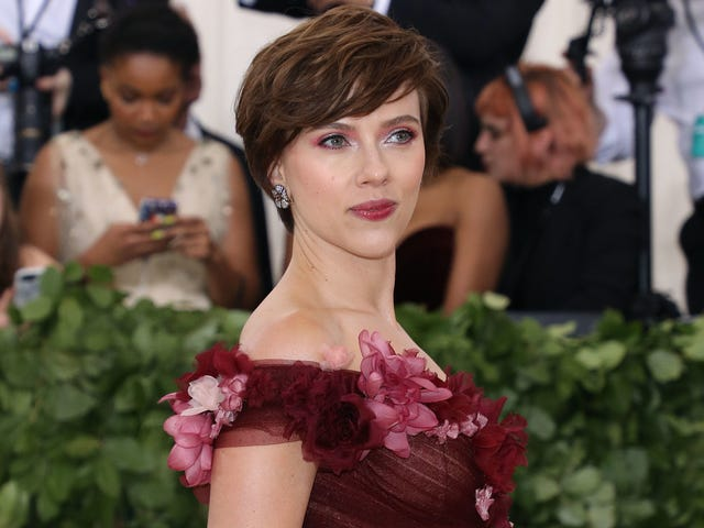 Scarlett Johansson quits the film where she would've played a trans man