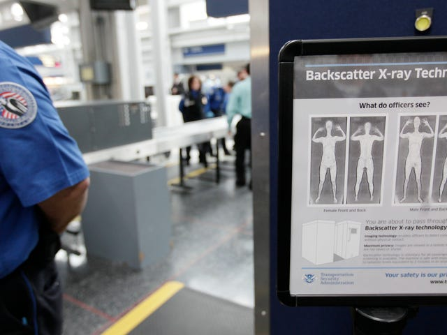 New Bill Would Force TSA to Adopt 'Gender-Neutral' Screenings