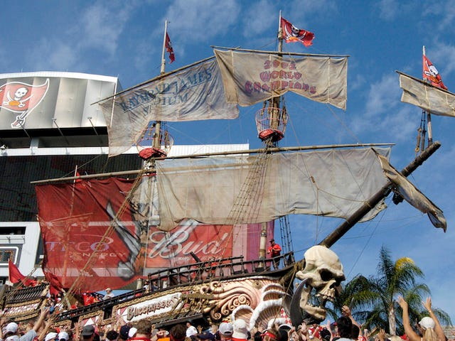The Buccaneers Tried Accounting Tricks To Claim Money From The BP Oil Spill