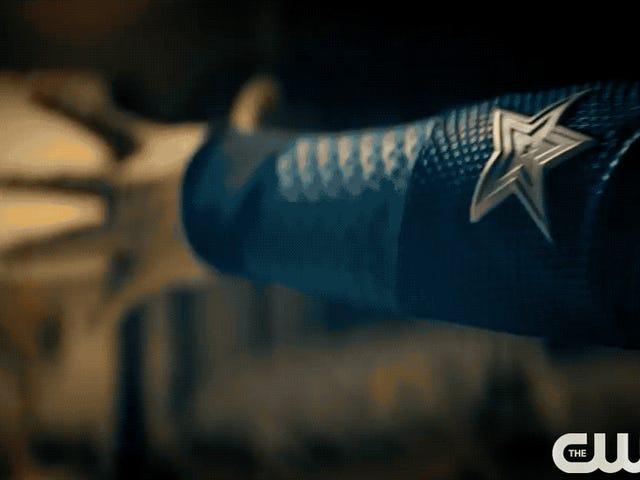 La première bande-annonce de Stargirl de CW semble déjà dépassée