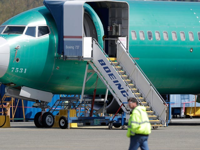 Report: Boeing Insiders Called FAA Hotline to Report Issues With 737 Max Jets
