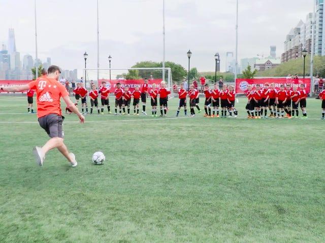 Amerikas skamfulde ungdomsudvikling eksponeret, når 40 børn taber til Xabi Alonso og Arturo Vidal