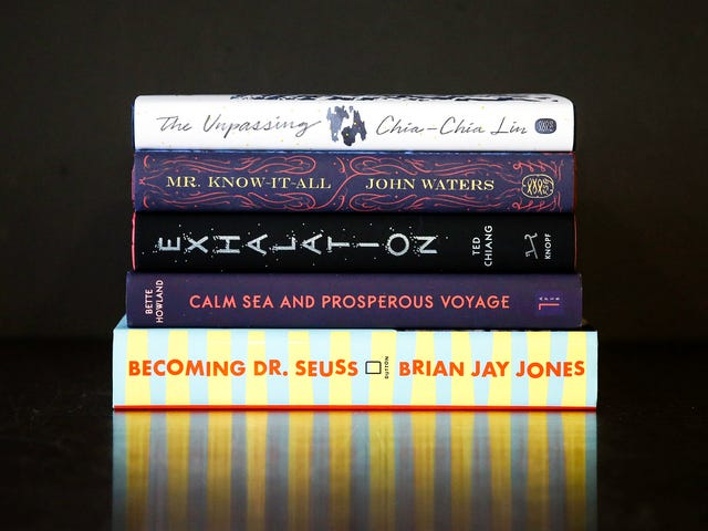 มีหนังสือใหม่ 5 เล่มให้อ่านในเดือนพฤษภาคม