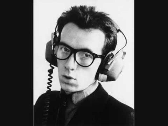 Elvis Costello - Walking On Thin Ice [1984]