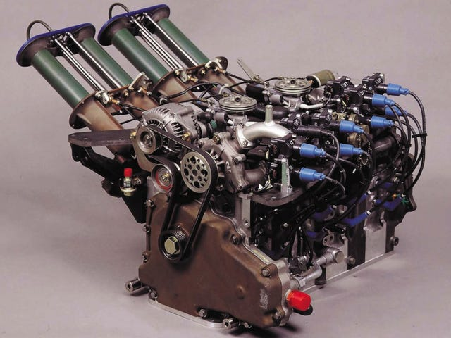 Mazda's All-Conquering 700 HP Four-Rotor Le Mans Engine Has The Coolest Intake Ever