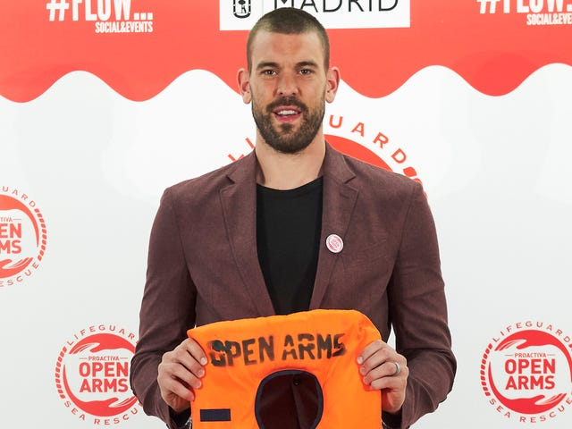 Marc Gasol Helped Rescue A Migrant From Drowning In The Mediterranean Sea