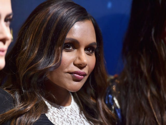 How Mindy Kaling Hid Her Pregnancy From Her Ocean's 8 Costars