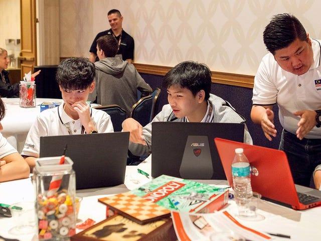 Οι καλύτεροι έφηβοι του κόσμου συναγωνίζονται στο Παγκόσμιο Πρωτάθλημα του Microsoft Office