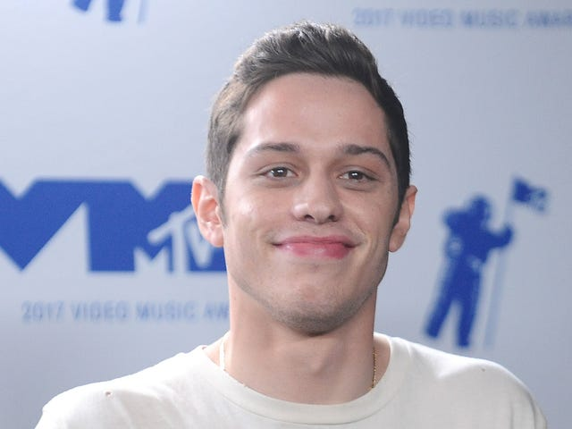 Pete Davidson deletes social media accounts after distressing Instagram post