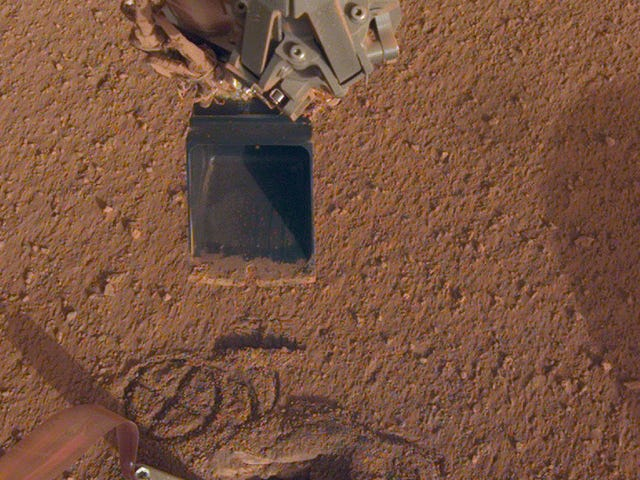 NASA Fixes Probe On Mars By Hitting It With A Shovel