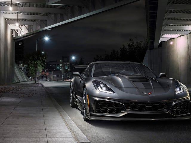GM Recalls Nesten 500 2019 Corvette ZR1s Over Airbag Risk