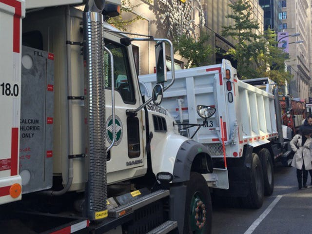 Heavy Dump Trucks Are Protecting Clinton and Trump From a Terrorist Attack