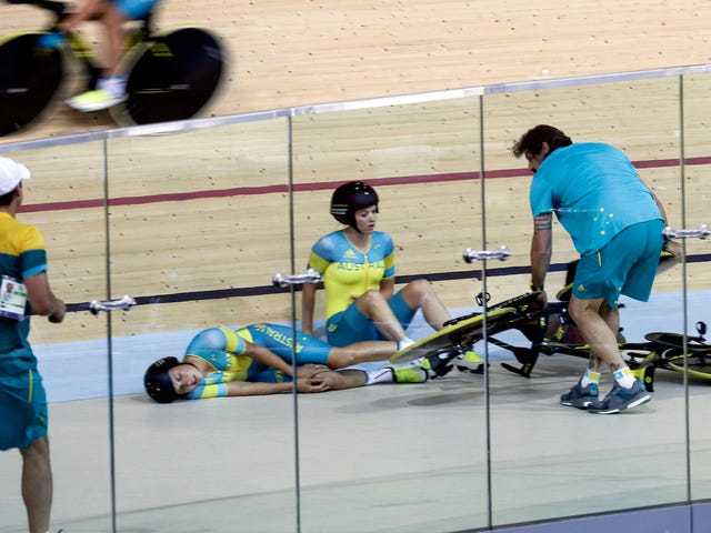 High-Speed Training Crash Sends Australian Track Cyclist To The Hospital