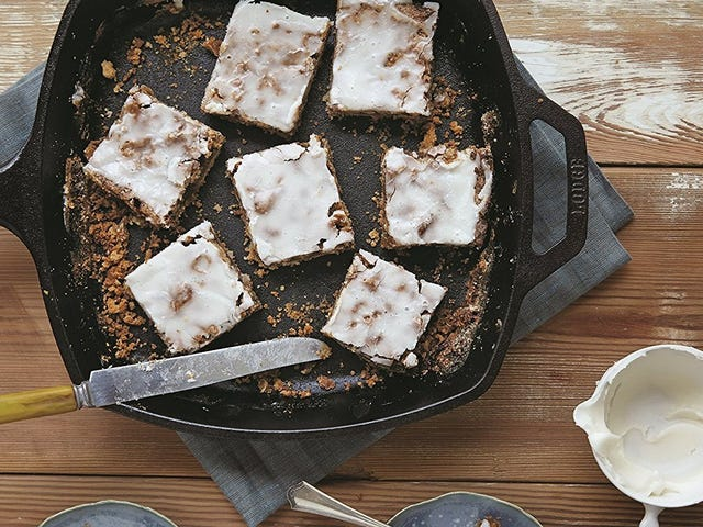 Add This Square Cast Iron Skillet To Your Lodge Collection
