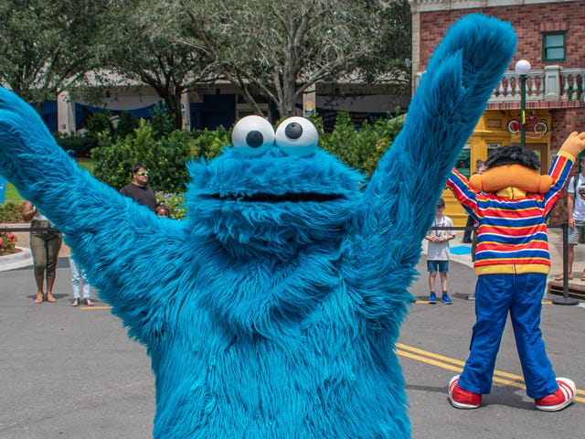Haz que Cookie Monster sea tu voz de navegación con Waze