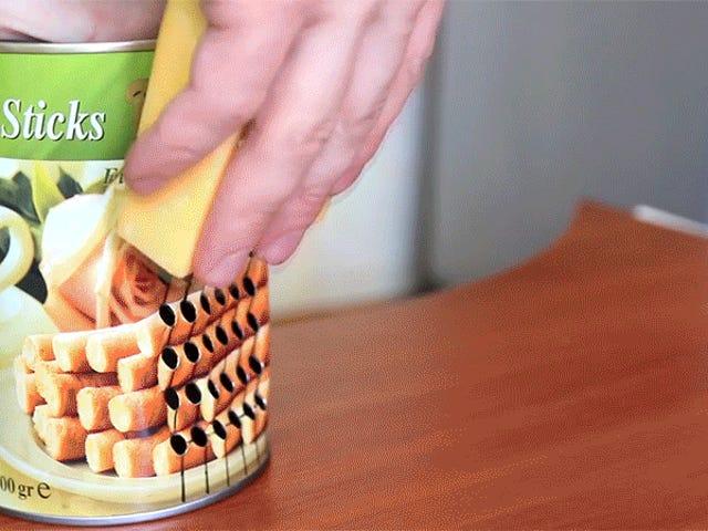 Comment transformer une boîte de conserve en une râpe à fromage Badass